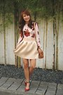 Neutral-fendi-bag-nude-lola-daisies-skirt-maroon-south-sartorial-top