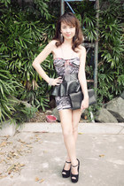 black stingray clutch YSL bag - ruby red tube dress Posh and Pretty dress