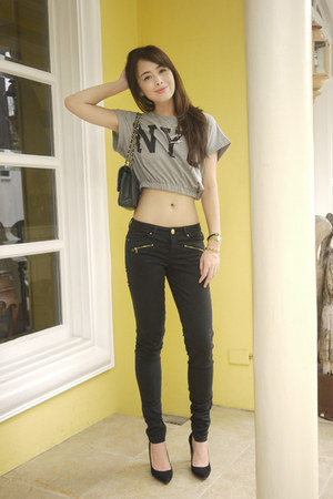 heather gray Forever 21 top - black Bershka jeans - black Chanel bag