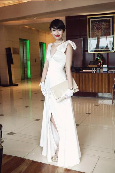 gold YSL shoes - eggshell Glitterati dress - camel YSL bag