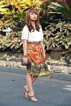 carrot orange josie natori skirt - bronze Chanel bag - white Vetus Shop blouse