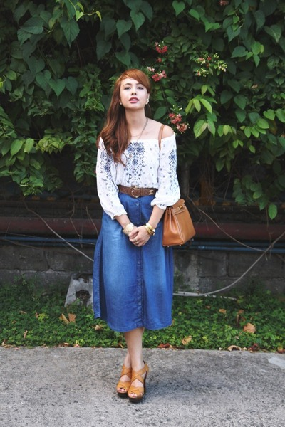 camel Hermes bag - white H&M top - blue Stradivarius skirt