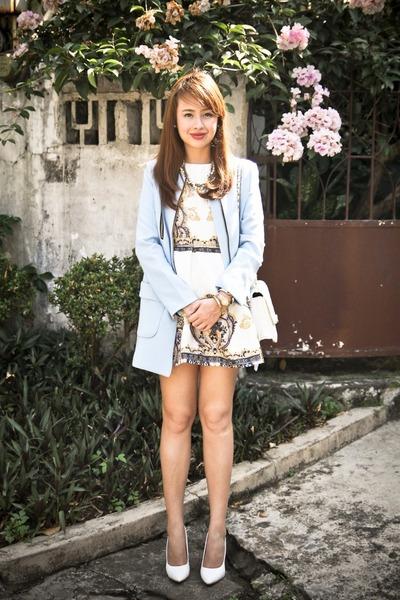 sky blue Stradivarius coat - white Chanel bag