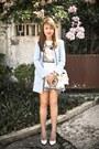 Sky-blue-stradivarius-coat-white-chanel-bag