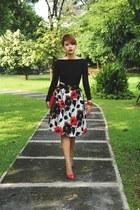 ruby red Metro Department Store skirt - red Valentino bag - red Zara heels