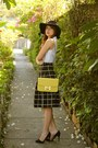 Black-zara-hat-yellow-hermes-bag-black-promod-skirt
