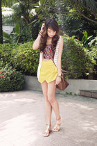 mustard apartment 8 skirt - light brown Givenchy bag - maroon Stradivarius top
