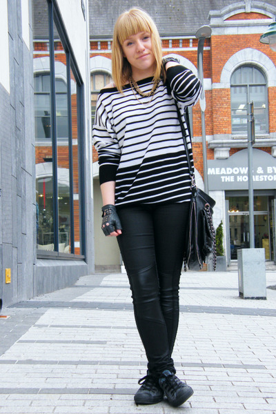 white sonia rykiel pour h&m sweater - black H&M pants - black Marc B accessories