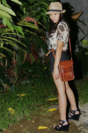 black ichigo shoes - black Pink Manila shorts - beige Zara blouse - brown random
