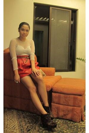brown virtualmae boots - beige H&M bodysuit - red leather Zara skirt