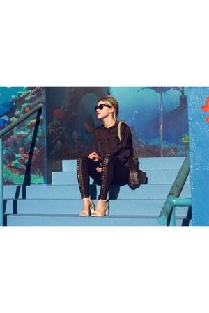 black RVCA shirt - black rope strap Cold Picnic purse - black Ray Ban sunglasses