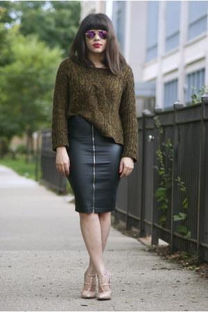 Forever 21 sweater - Ray Ban sunglasses - Forever 21 skirt - Ebay heels