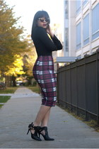 Boohoo skirt - GoJane boots - Forever 21 top