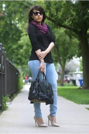 Gap jeans - tommy bahama shirt - Ebay purse - Guess sunglasses