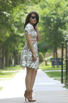 Piol Dress dress - ray-ban sunglasses - GoJane heels