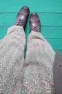 Brown-boots-black-only-top-olive-green-pattern-baggy-h-m-pants-light-brown