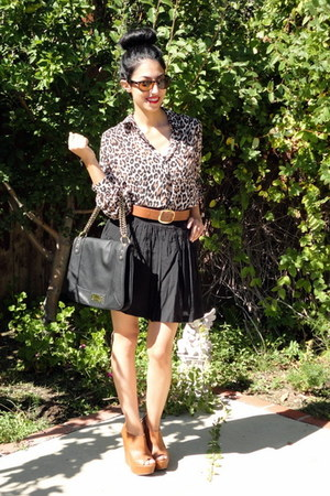 H&M belt - Olivia and Joy bag - ray-ban sunglasses - Forever21 skirt
