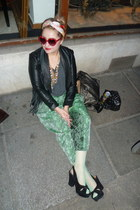 leather Zara jacket - green Joki Business pants - fringed leather vest