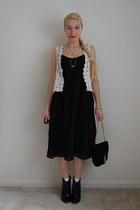 DressCastles bag - thrifted boots - JCrew dress - 1950s vintage necklace