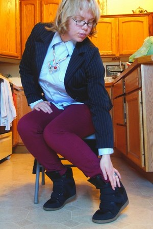 maroon cotton City streets jeans - black pinstripe Star City blazer