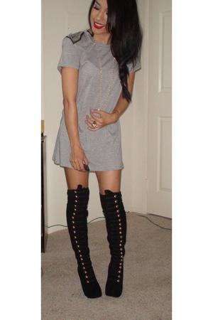 Zara blouse - Christian Louboutin boots