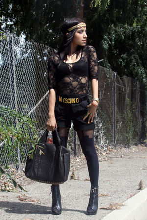 black House of Holland tights - black Forever 21 boots