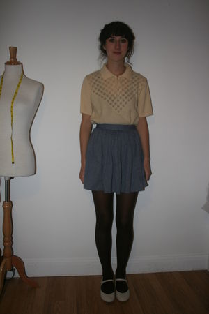 yellow vintage top - blue American Apparel skirt - brown Primark tights - beige