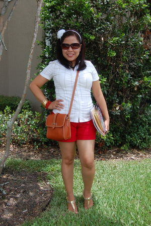 white new york & co blouse - red Jcrew shorts - brown D&Bourke purse - gold shoe