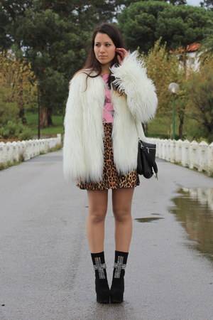Zara White Faux Fur Coat | Chictopia