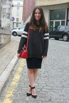 red Zara bag - black H&M skirt - black Zara jumper - black Zara heels