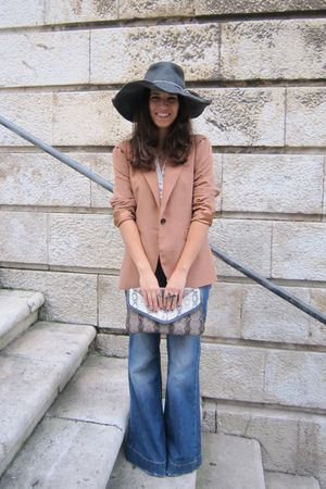 gray Zara hat - brown Zara blazer - blue Mango jeans - gray Bershka purse