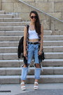 White-ebay-shoes-blue-pull-bear-jeans-black-zara-vest