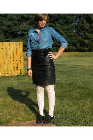 black vintage shoes - black vintage skirt - blue Walmart shirt - pink kohls shir
