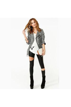 heather gray jacket - black leggings - white t-shirt