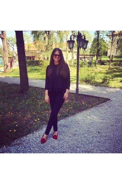 black H&M leggings - black Bershka shirt - dark brown sunglasses