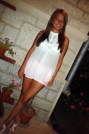 light pink H&M shorts - white Zara top - neutral Ebay wedges