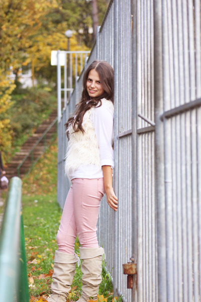 white shirt - light pink Bershka pants - ivory vest