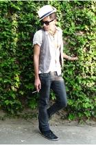 jeans - shoes - sunglasses
