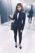 dark gray laceup shoes - navy fitted Zara blazer