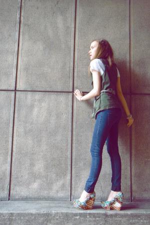 blue Zara jeans - green Zara vest - orange forwood Aldo wedges - white white mor
