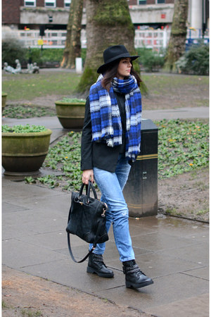 blue Zara scarf - black Bershka boots - sky blue Bershka jeans - black H&M hat