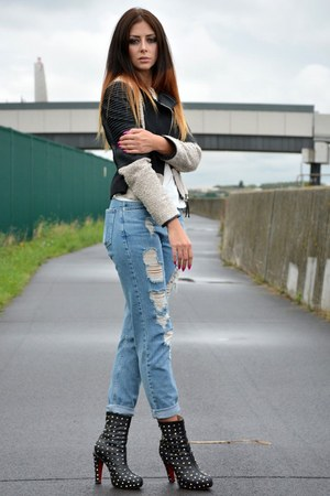 sky blue mom fit ripped Topshop jeans