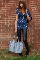 navy star print Chanel top - black black wedge Kurt Geiger boots