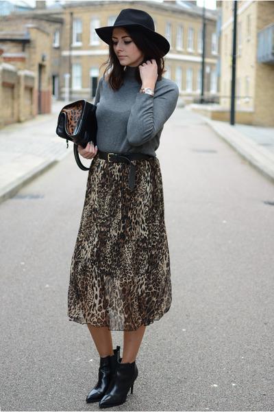 black Bershka boots - black H&M hat - charcoal gray Zara sweater
