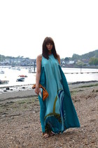 teal printed maxi H&M dress - burnt orange clutch Bershka bag - tawny fringed su