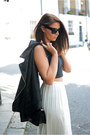 Black-forever-21-jacket-black-chanel-bag-black-forever-21-sunglasses