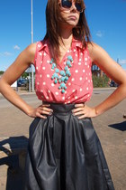 aquamarine statement H&M necklace - light pink H&M sunglasses