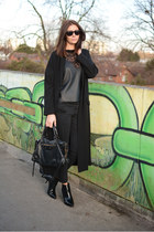 black Bershka boots - black asos coat - black Zara jeans - black Zara top