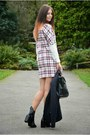 Black-zara-boots-white-zara-dress-navy-superdry-blazer-black-zara-bag
