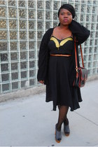 Forever 21 shoes - Beyond Vintage dress - Primark tights - Salvation Army bag -